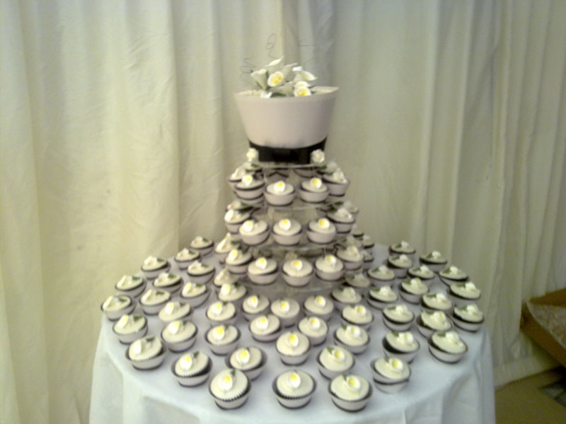 lily-cup-cake